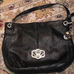 Black purse in perfect condition